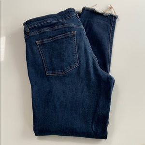 DL 1961 Margaux Jeans - Distressed Rip on Knee